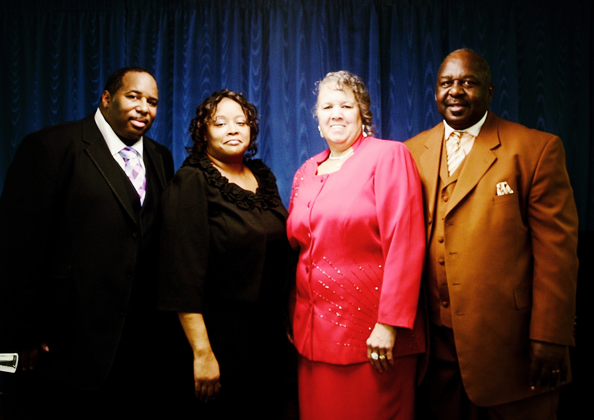 Pastor Gary & Lady Elaine Saunders - Bishop S.E. & Lady Connie Saunders